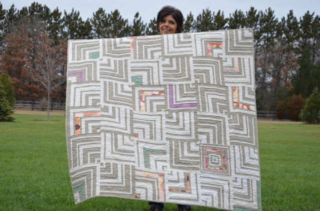 White Labyrinth quilt by Sewfrench
