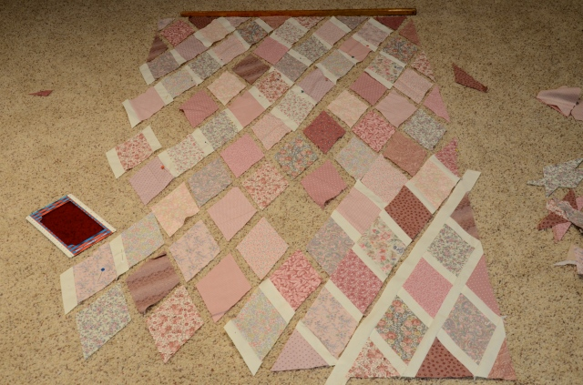 Piecing a Jane Austen diamond quilt at Sewfrench