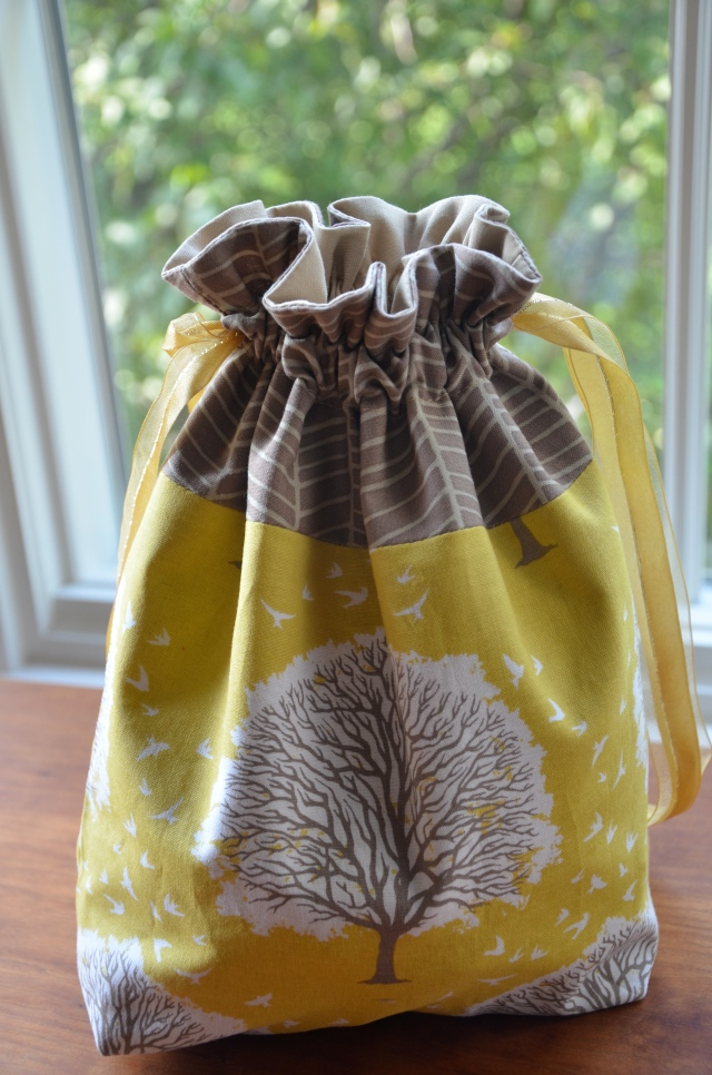 in color order lined drawstring bag tutorial