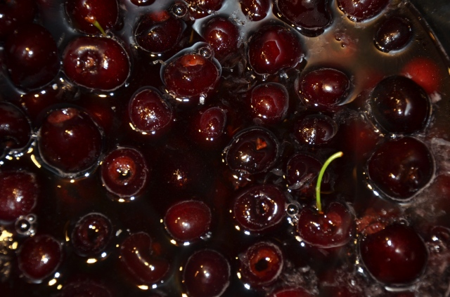 How do you make maraschino cherries