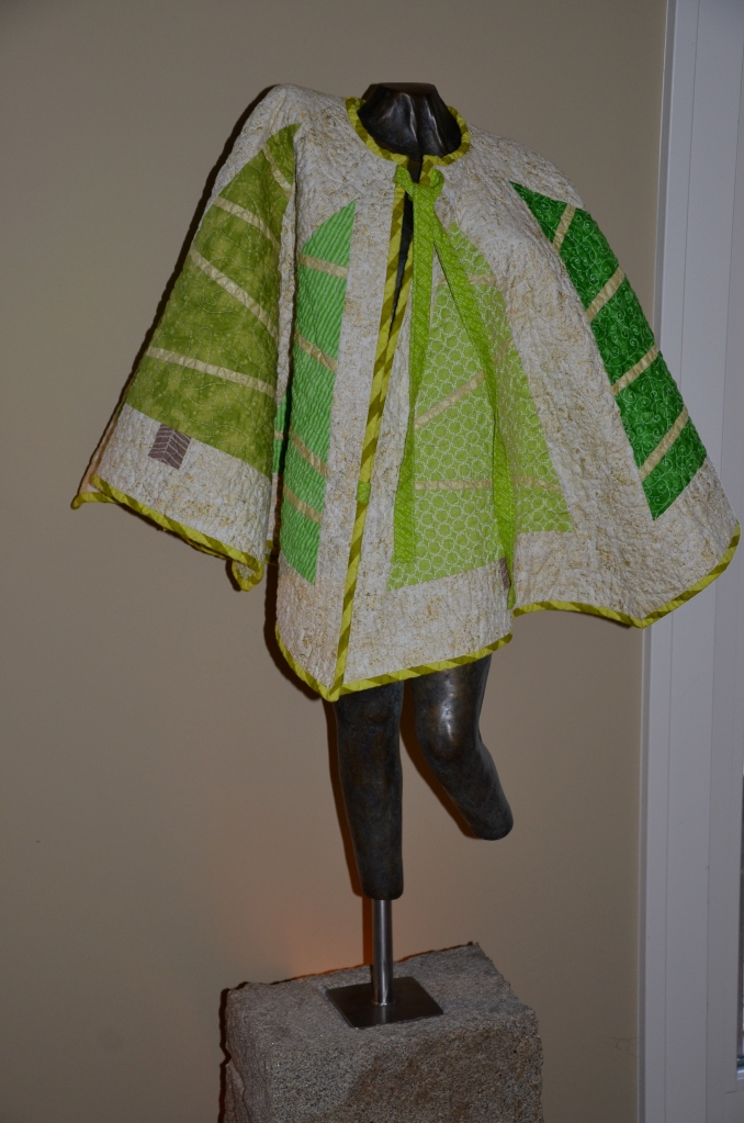 Christmas Tree Skirt tutorial at Sewfrench.com