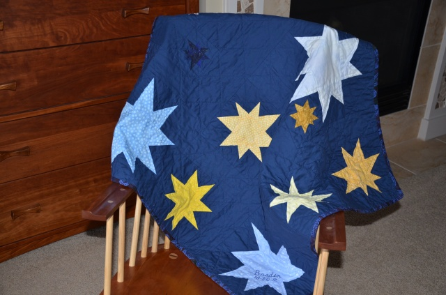 Twinkle quilt @ Sewfrench.com
