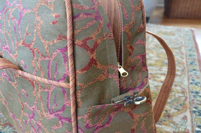 Adding hardware to Amy Butler weekender bag