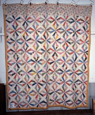 Vintage Endless Chain quilt
